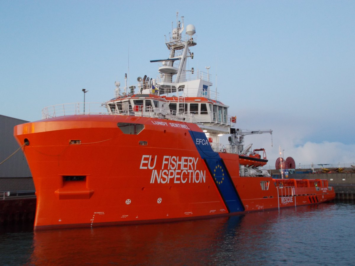 EFCA ship conducts fishery inspection