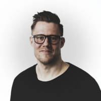 Tom Banks;Digital Marketing Manager