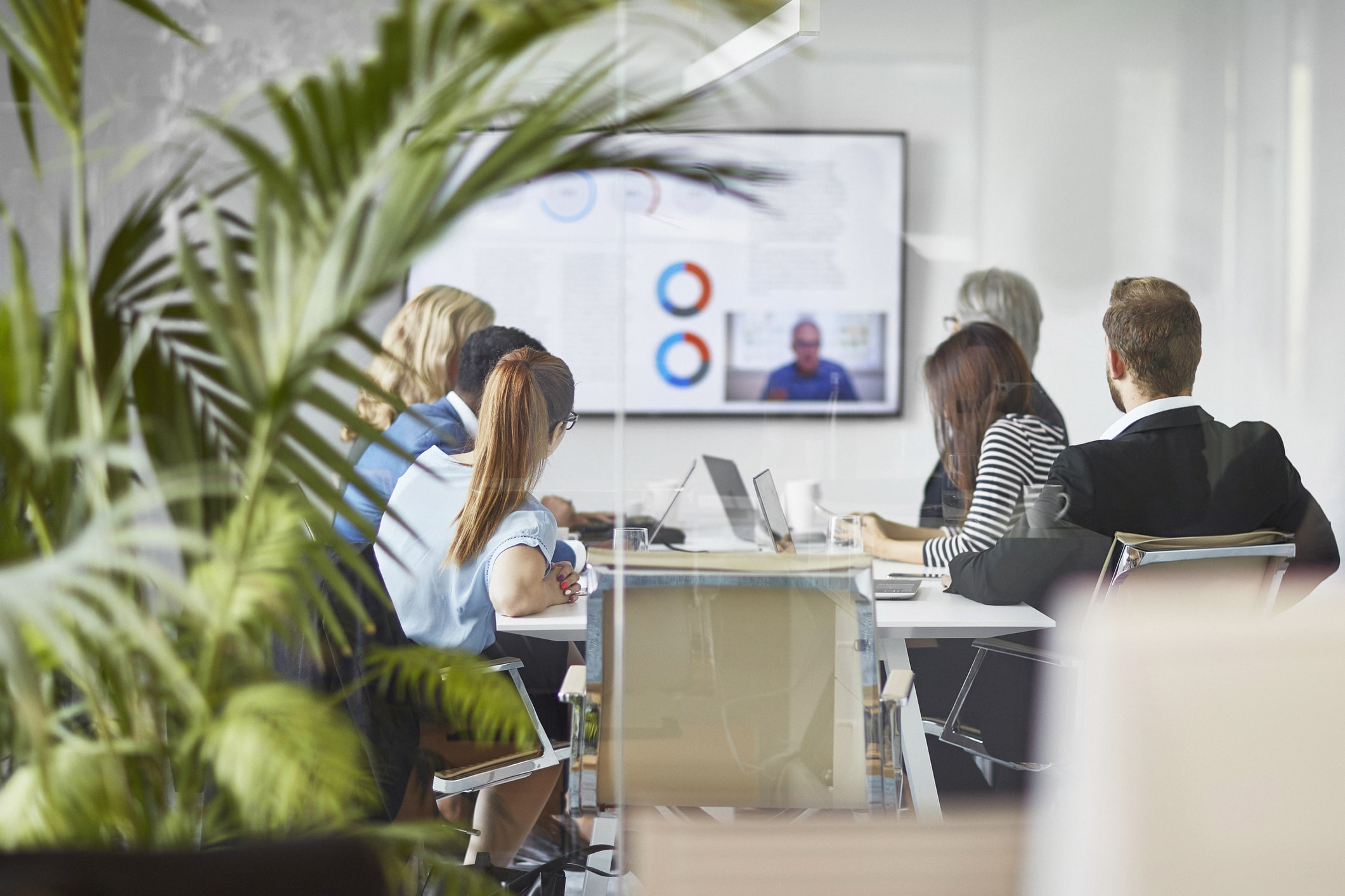 Finance company employees use video conferencing for internal communications