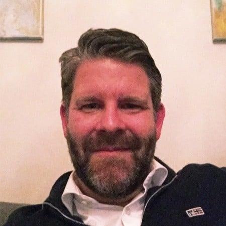Thomas Edberg;Senior Director Business Management
